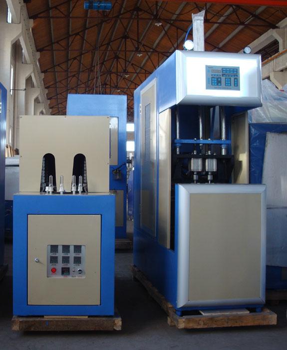 Полуавтомат выдува бутылей 0,1-2.5 л, 850 бут/час