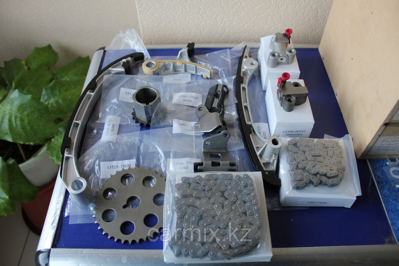 Комплект для замены цепи ГРМ Prado Hilux 2TRFE