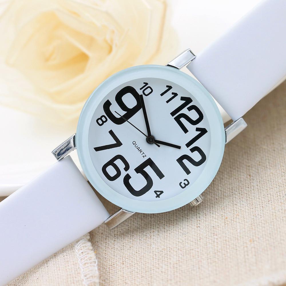 Женские часы Большие Цифры