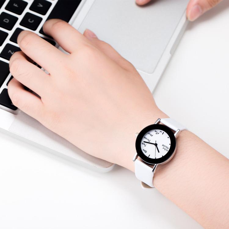 Женские часы Pollcok