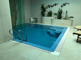 """Переливной бассейн. Размер = 2,8 х 2,9 х 1,7 м. Адрес: к.г. """"ЭДЕЛЬВЕЙС"""". 1"""