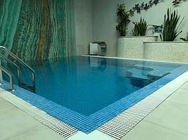 """Переливной бассейн. Размер = 2,8 х 2,9 х 1,7 м. Адрес: к.г. """"ЭДЕЛЬВЕЙС"""". 8"""