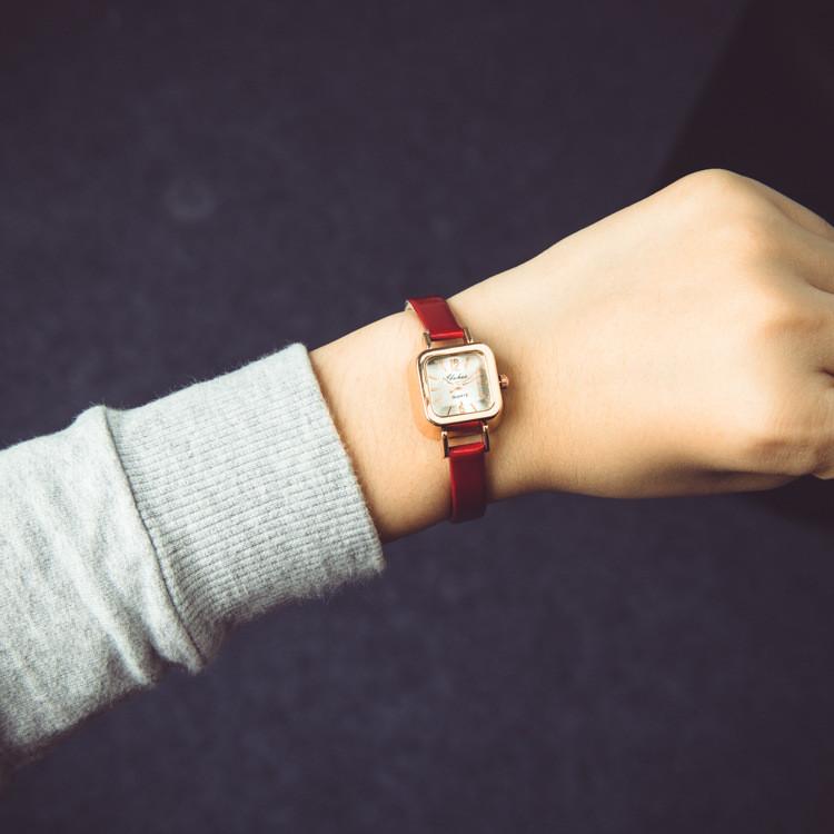 Женские часы Yuhao. Рассрочка. Kaspi RED.