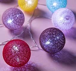 Гирлянда «Нить», 5 м, с насадками «клубки цветных ниток» (6 см), 20 LED, 220 В, фиксинг, свечение белое
