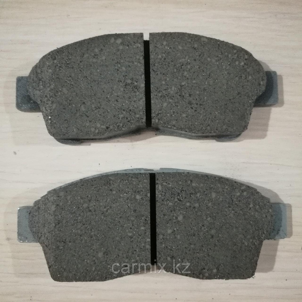 Тормозные колодки передние CARINA E, CALDINA, COROLLA