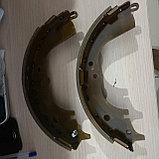 Тормозные колодки задние барабанные HIACE 1995, фото 2