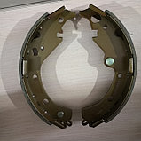 Тормозные колодки задние барабанные RAV4 ACA21, фото 2