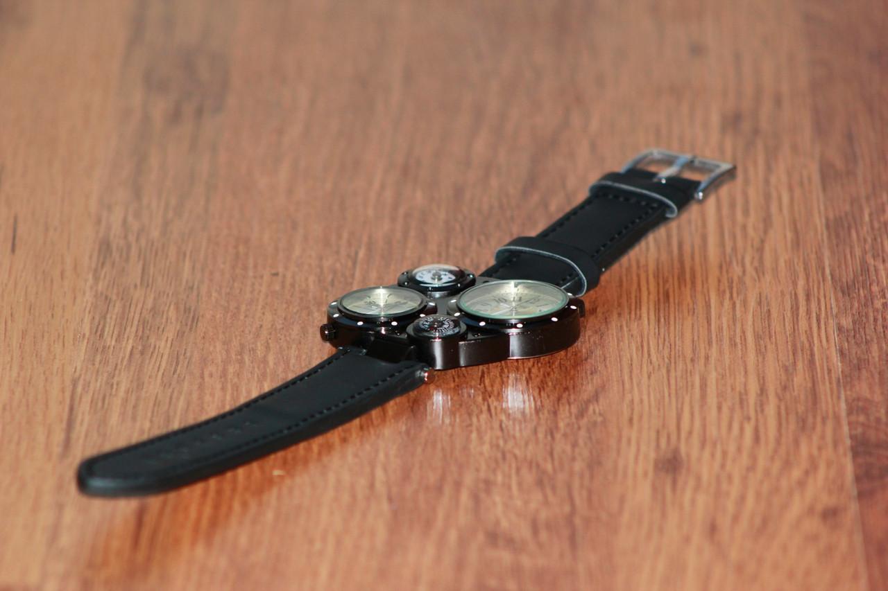 Мужские часы с двумя циферблатами CCL