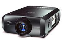 Профессиональный PLC видеопроектор SANYO XF-47.