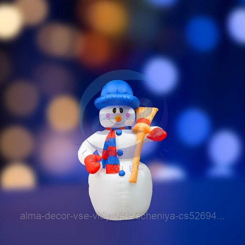 """3D фигура надувная """"Снеговик с метлой"""", размер 120 см, внутренняя подсветка 3 лампы, компрессор с адаптером 12В, IP 44 NEON-NIGHT"""