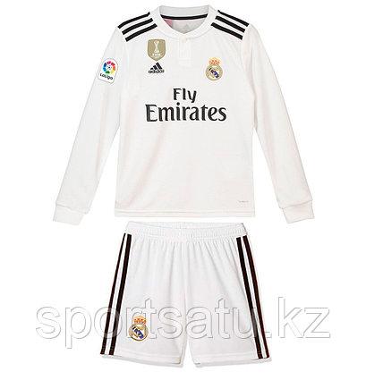 Футбольная форма Реал Мадрид с длинными рукавами сезона 2018-19 домашняя