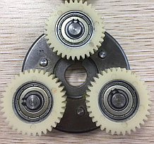 Обгонная муфта в мотор-колесо c шестернями 36 зубьев.