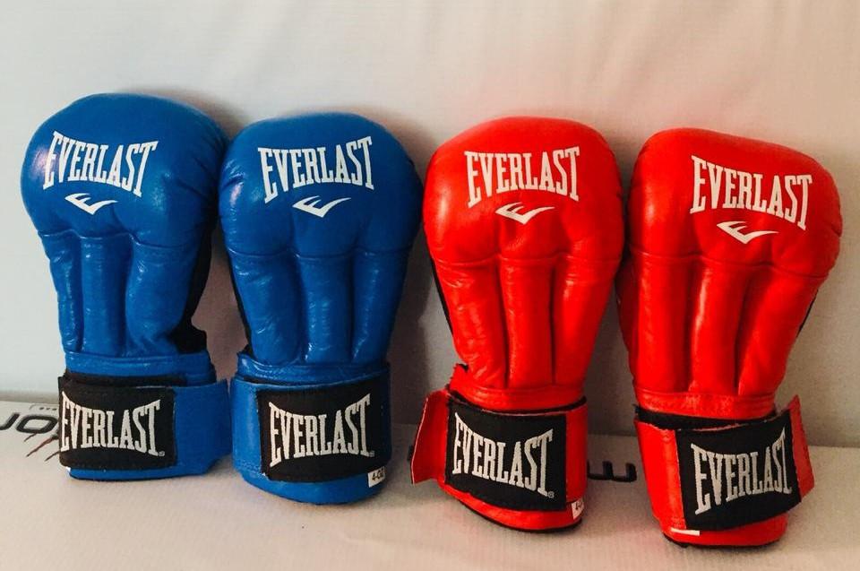 Перчатки для рукопашного бой кожа 4QZ, 6QZ, 8QZ, 10QZ - фото 1