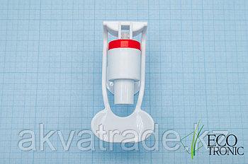 Кран с внутренней резьбой  наж. чашкой, белый
