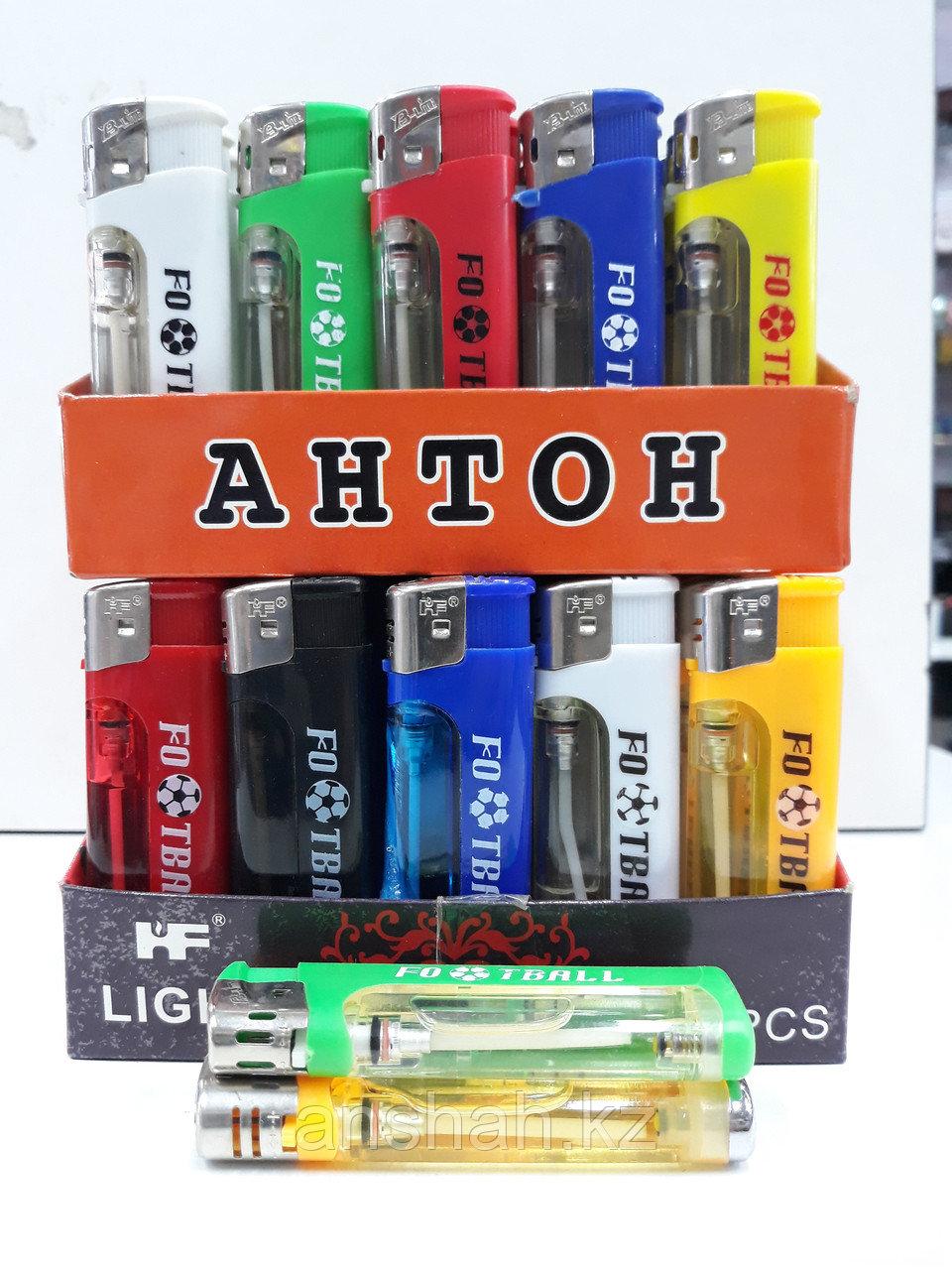 Маленькая зажигалка с фонариком «Антон»