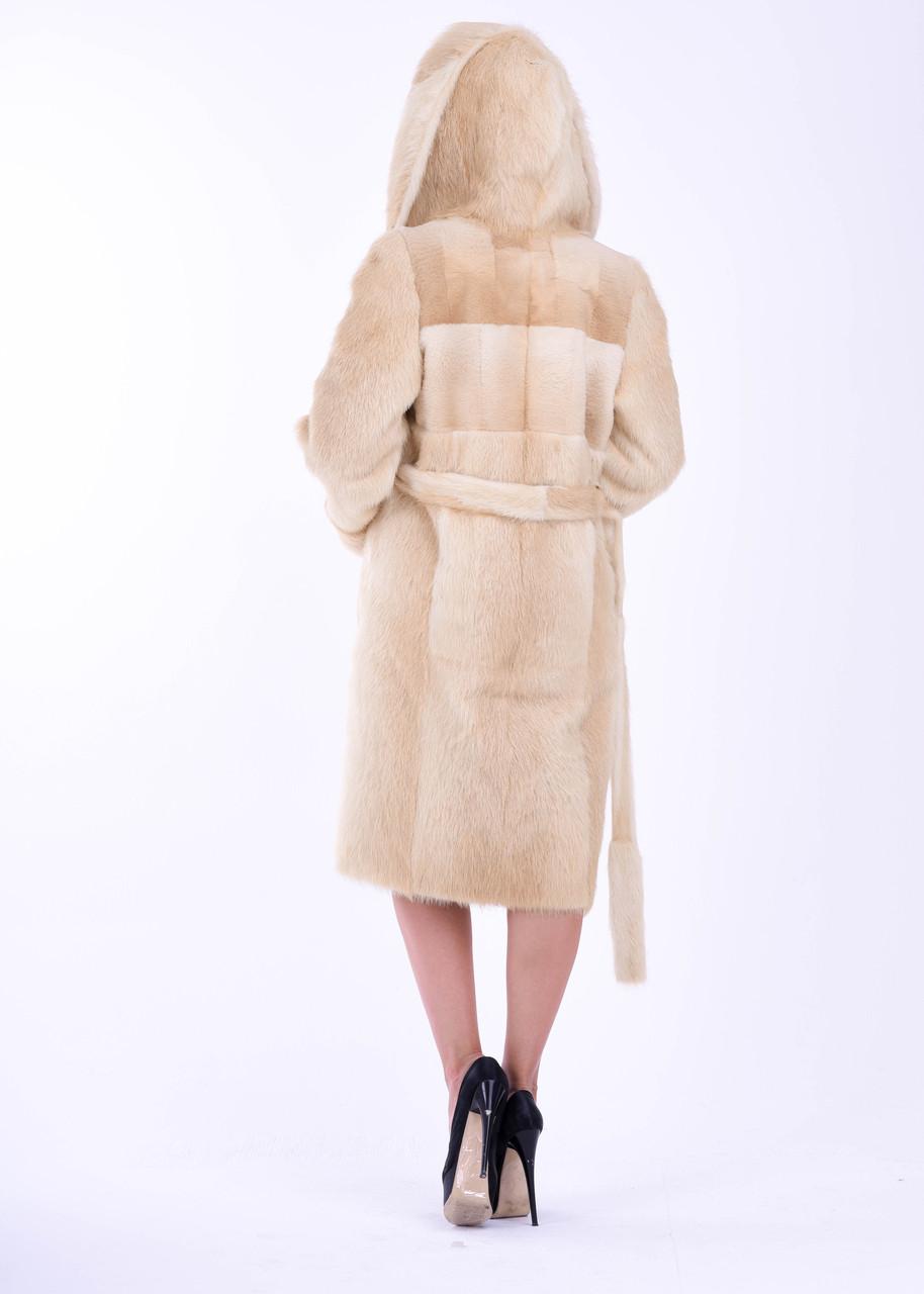 Зимняя женская шуба из меха нутрии нежно бежевого цвета Bg-Furs - фото 3