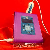 Скрабер ультразвуковой, профессиональный в фиолетовом цвете с дисплеем и с одной манипулой, фото 1