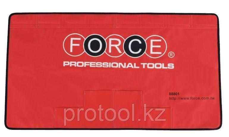 "Коврик защитный магнитный 1100х560мм на крыло с карманами а/м F-88801""FORCE"""
