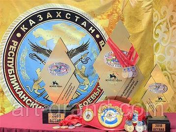 Международный турнир «Боец Азии» 2018, «Nomad MMA». Компания Арт-Гранд имела честь изготовить кубки победителей и сувениры для спортсменов