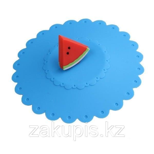 Силиконовая крышка - непроливайка на кружку «Кусочки фруктов» 11 см