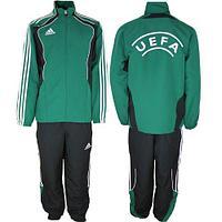 Футбольный спортивный костюм adidas