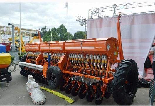 Сеялка зернотуковая СЗФ-5400-V Favorit, фото 2