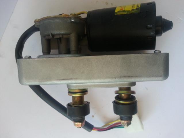 Моторчик стеклоочистителя ZD2530-3 XCMG