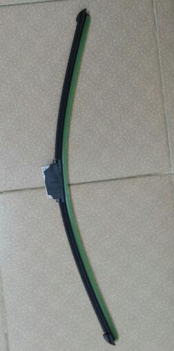 Щетка стеклоочистителя CHAMPION 60 см