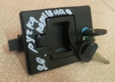 Замок (ручка) капота XCMG LW300/LW500 802101249