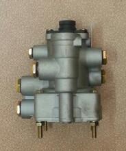 Кран тормозной прицепной DZ9100368007/KL3522FD WG9000360525/1 Тягач