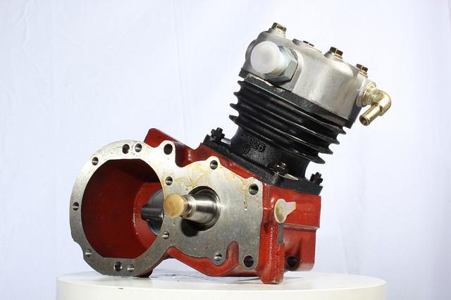Воздушный компрессор 612600130023  Euro 2, WD615