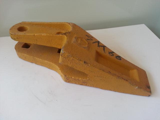 Зубья боковые правые LW300F 250900263