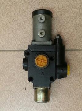Насос подъема кузова CBD-F100 HOWO с клапаном CBD-F100/33QFH-400