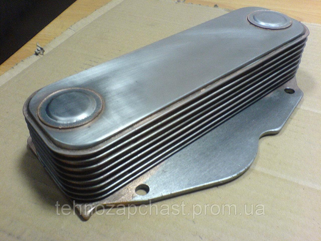 Радиатор масляный (теплообменник) WD615 (8 секций) 61500010334