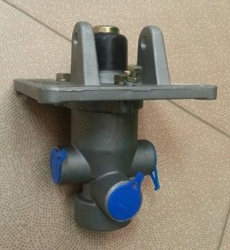 Кран тормозной (ножной) ZL50G 0575-87659255