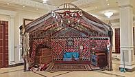Оформление зала в национальном стиле