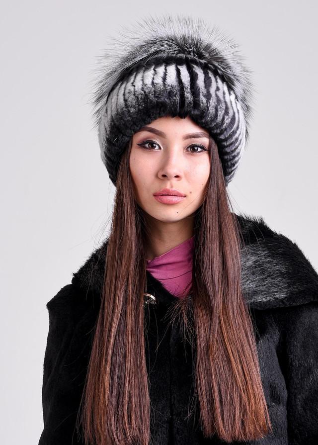 Женская меховая шапка из рекса
