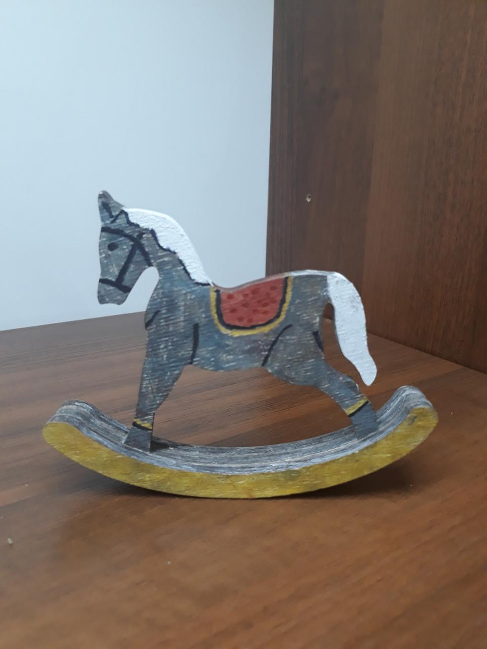 Деревянная лошадка СНГ0005