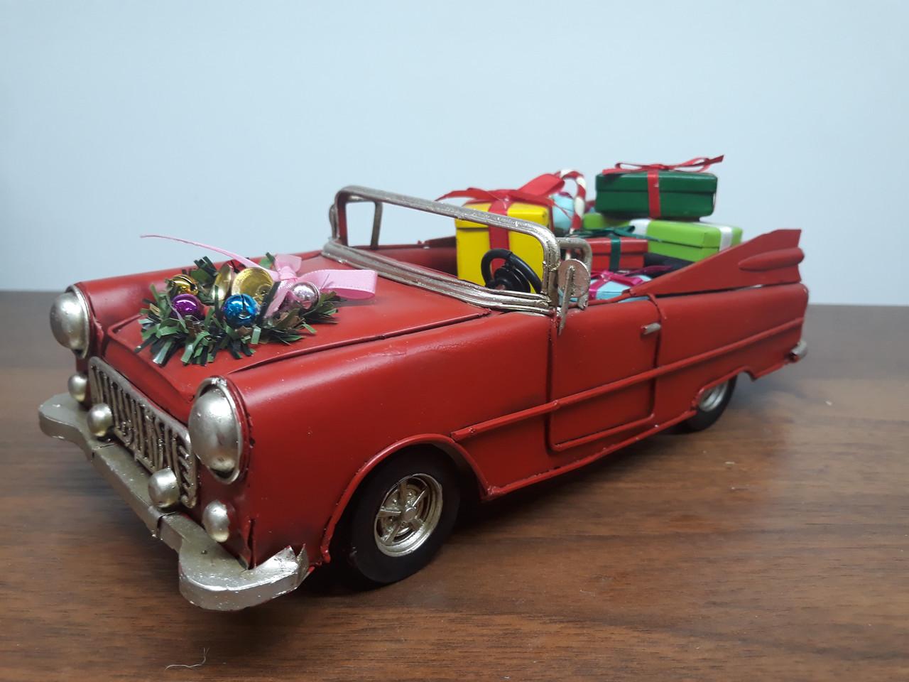 Машинка с подарками СНГ0204