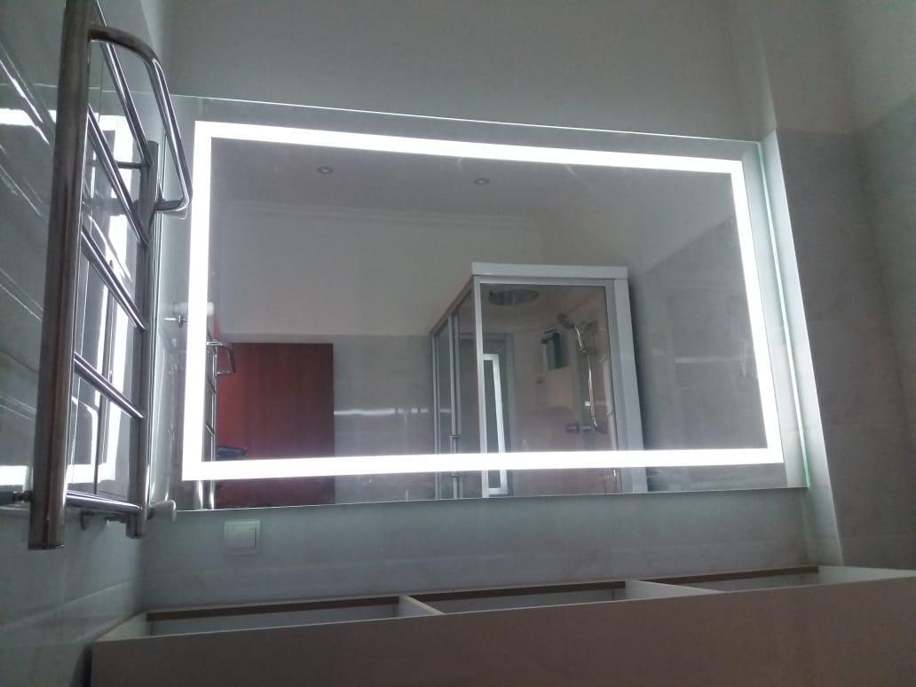 Зеркало с подсветкой и пескоструйным рисунком