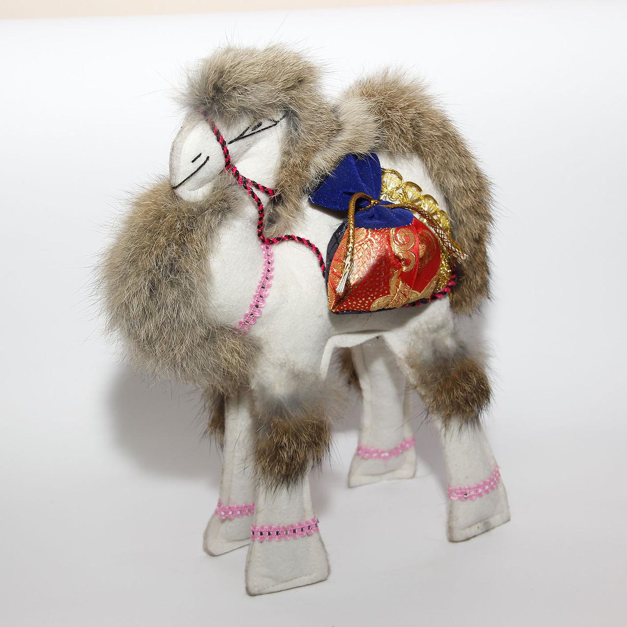 Верблюд мягкий