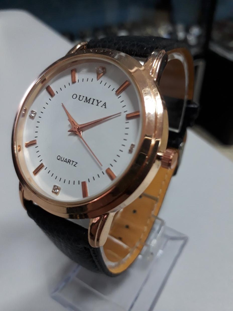 Классические часы Oumiya