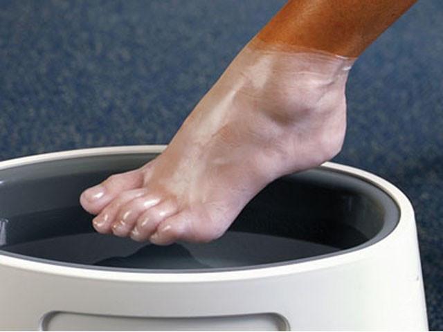 Парафинотерапия ног