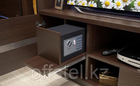 красивый мебельный сейф