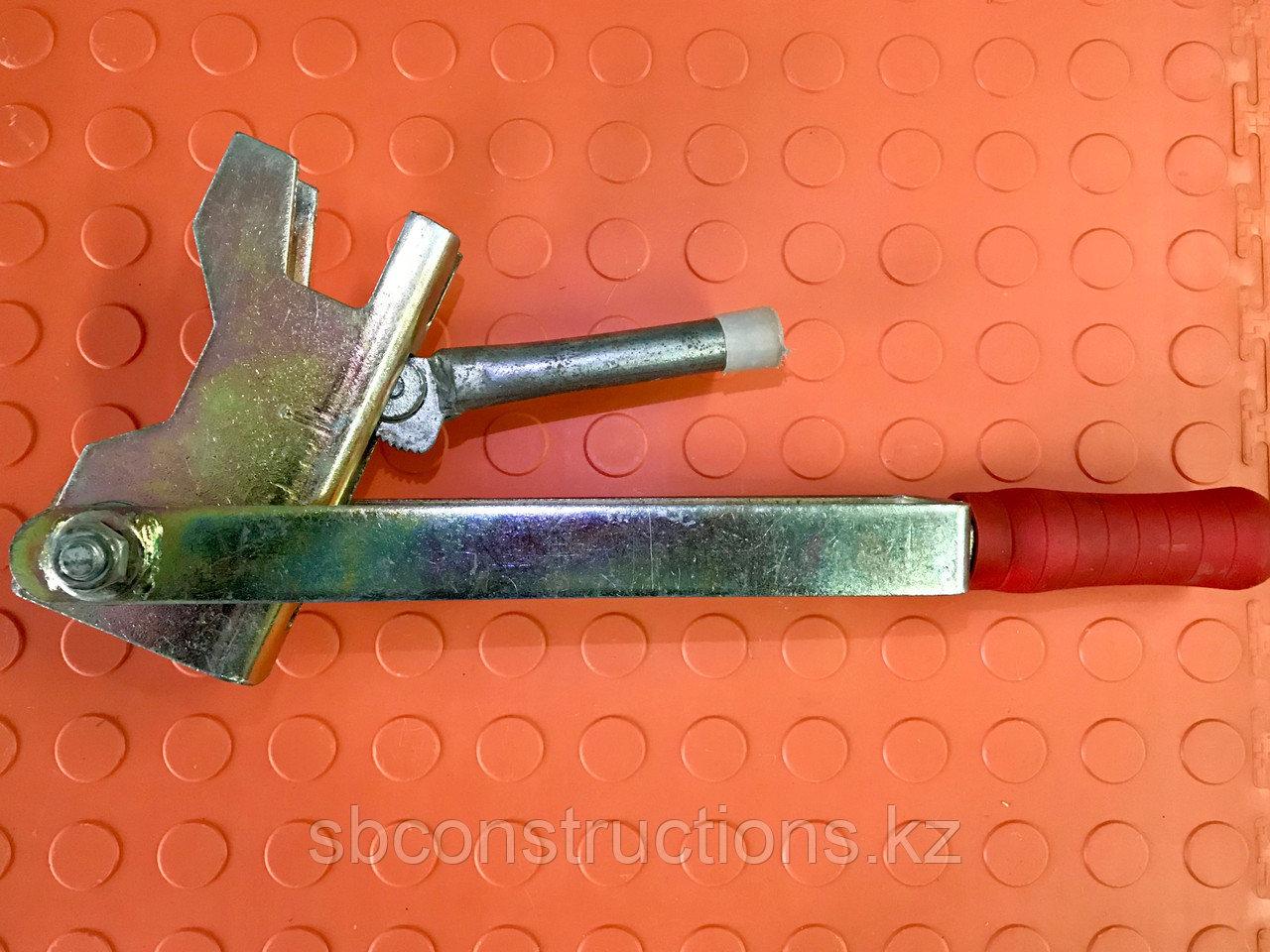 Ключ для пружинного зажима рычажной большой для опалубки (строительная клипса, чирозы)