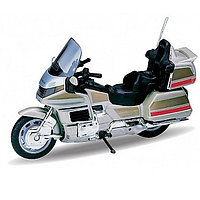 Игрушка Welly (Велли) модель мотоцикла 1:18 Honda Gold Wing