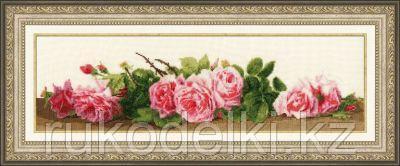 """Набор для вышивания крестом """"Розовый аромат"""""""
