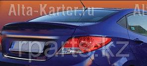 Накладка на нижнюю кромку крышки багажника Hyundai Accent / Хенде Акцент