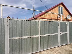 Забор из профлиста оцинкованного (вид с улицы).