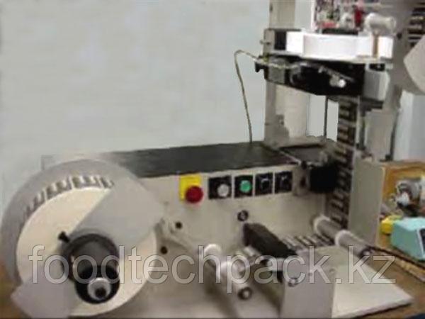 Автоматическая система для нанесения маркировки на самоклеящиеся этикетки UniVersal Reel to Reel Hot Stamp Sys